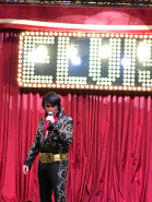 johnny_reno_as_elvis001010.jpg