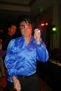 johnny_reno_as_elvis003006.jpg